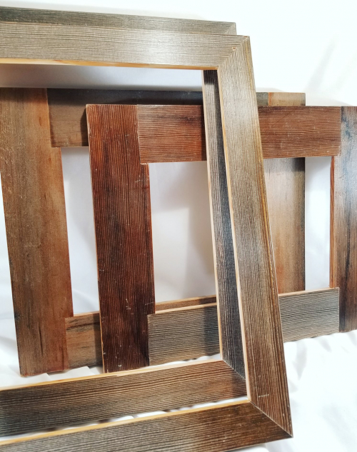 Photo of 4 wooden picture frames